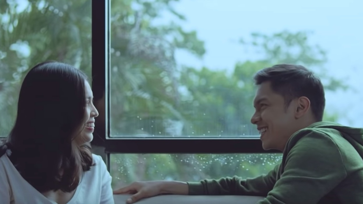 """Movie still for """"Isa Pa, With Feelings"""" 2019. BlackSheep Productions"""